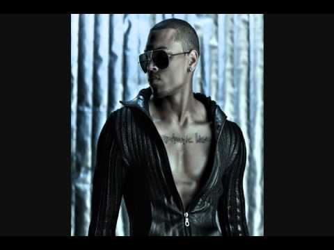 Chris Brown - Look At Me Now Feat. Trey Songz, Busta Rhymes, Twista, And Lil Wayne [New 2011]