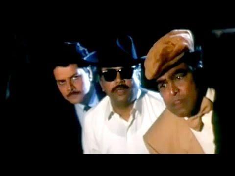 Video Paresh Rawal, Aamir Khan, Salman Khan - Andaz Apna Apna - Comedy Scene 20/23 download in MP3, 3GP, MP4, WEBM, AVI, FLV January 2017