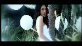 Download lagu Luna Maya Ft Dide Hijau Daun Suara Ku Berharap Mp3