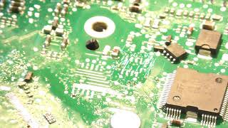 How to desolder and solder EEPROM and other chips. Brief demonstration...