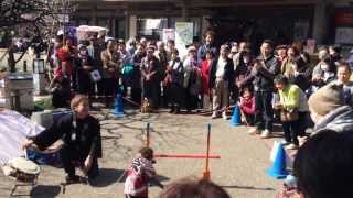 Kamikawa-cho Japan  city pictures gallery : Saru mawashi - the street performances with monkey in Japan