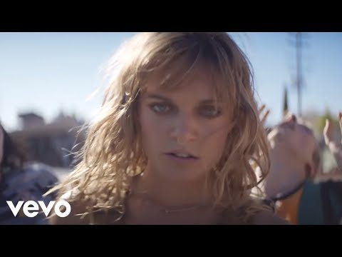 Video Tove Lo - Fairy Dust download in MP3, 3GP, MP4, WEBM, AVI, FLV January 2017