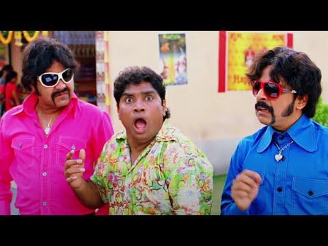 Johnny Lever celebrates Holi or Diwali? | Golmaal 3 | Ajay Devgn, Kareena Kapoor & Kunal Khemu