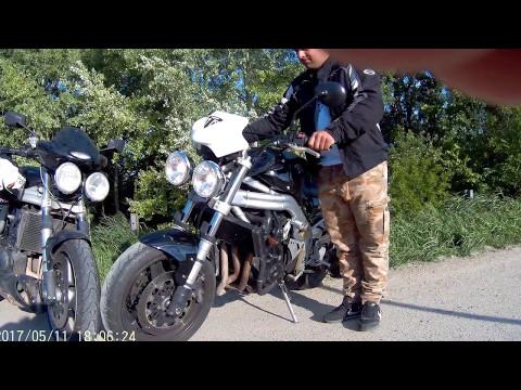 Triumph Speed Triple 885