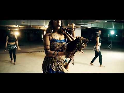Video Choli Ke Peeche Kya Hai Dubstep Remix - The Snake Charmer ft. Dsync download in MP3, 3GP, MP4, WEBM, AVI, FLV January 2017