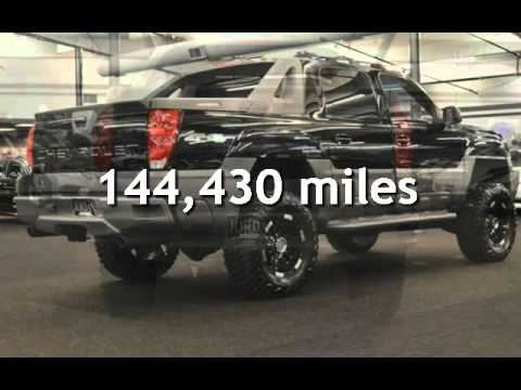 2002 Chevrolet Avalanche 2500 SLT 2500 LEATHER MOON LIFTED WHEELS & TIRE for sale in Milwaukie, OR