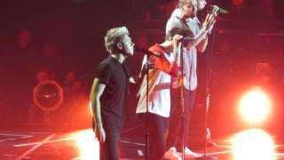 Download Lagu One Direction - fireproof Birmingham 11.10.15 Mp3