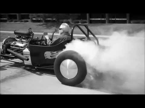 Detroit Speedcraft Super-Performance T-Bucket BURNOUT!