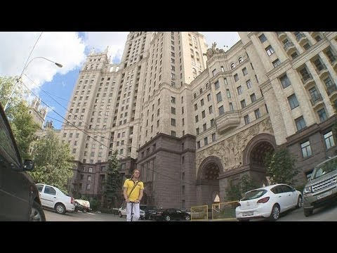moscow - Choosing the right speed for exploring Moscow is vital because according to architects, the city is... euronews, the most watched news channel in Europe Subs...