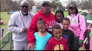 Community builds playground at James Chaney Park