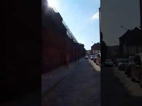 Areszt śledczy Świdnica przywitanie zabójcy 10 letniej dziewczynki