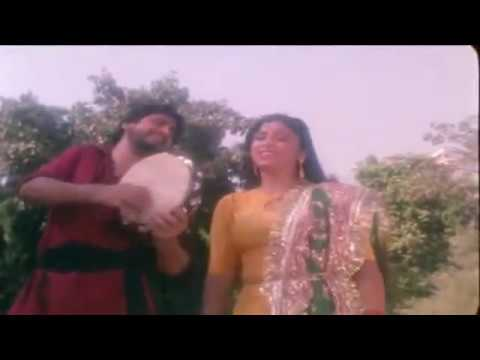 gurdas maan - gurdas maan and his wife manjeet maan dancing together on tunes of kamli yaar di kamli.... a song clip from an old movie.