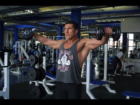 lateral raises - http://nashjocic.com In his videos series HOW TO DO IT RIGHT, bodybuilding expert Nash Jocic will help you overcome most common mistakes while performing mos...