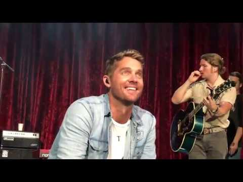 Video Mercy by Brett Young download in MP3, 3GP, MP4, WEBM, AVI, FLV January 2017