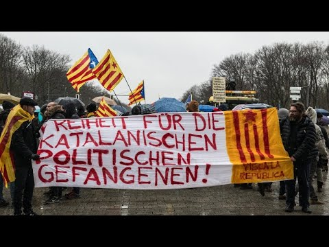 Demonstranten in Berlin fordern unabhängiges Katalonien