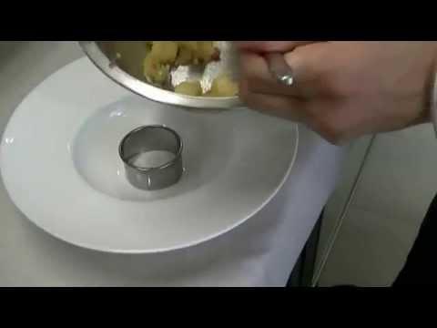 Panzanella croccante con piovra alla griglia
