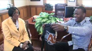 New ASU President Dr. Gwendolyn Boyd welcomes Super Bowl Champion Hornet Tarvaris Jackson of the Seattle Seahawks.