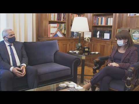 Συνάντηση της ΠτΔ Κ. Σακελλαροπούλου με τον γγ του ΑΚΕΛ Άντρο Κυπριανού