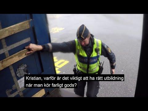 Visa film Häng med vår farligt gods-inspektör Kristian i Göteborgs hamn