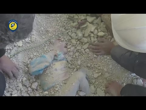 Video Young girl miraculously rescued alive from rubble in Syria download in MP3, 3GP, MP4, WEBM, AVI, FLV January 2017