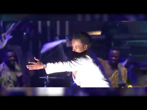 Video Sonnie Badu Live at the Accra Sports Stadium Accra Ghana (Wonder God) download in MP3, 3GP, MP4, WEBM, AVI, FLV January 2017