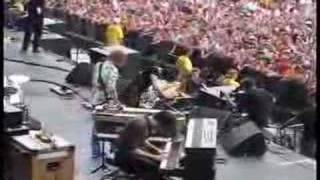 Jack White Flips Out - Blue Veins @ Bonnaroo 2008