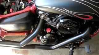 7. 2007 Kawasaki Vulcan 1600 Mean Streak Special Edition-Vance & Hines Big Shots