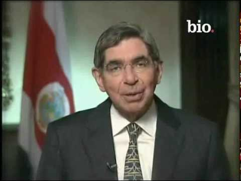 Oscar Arias Biography