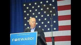 Beloit (WI) United States  City pictures : Vice President Joe Biden 's introduction Speech and entrance in Beloit, WI