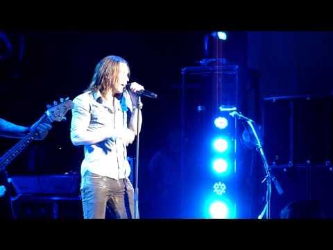"""Slash """"Just Like Anything"""" live O2 Brixton Academy, London, UK 12/10/2012"""