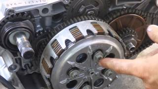 8. How a motorcycle clutch works