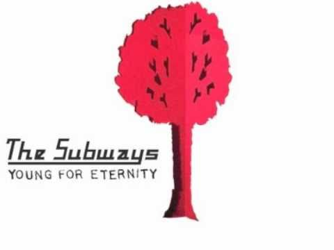 Tekst piosenki The Subways - I Am Young po polsku
