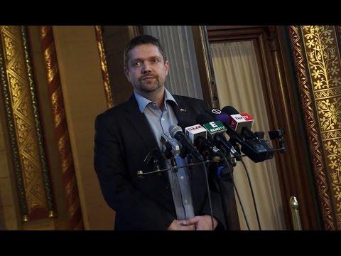 Feljelentéssel él az MSZP a gázkereskedelemmel kapcsolatos közérdekű adatok ügyében