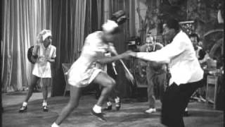 Lindy Hoppers From 1941 Dancing Like No Other