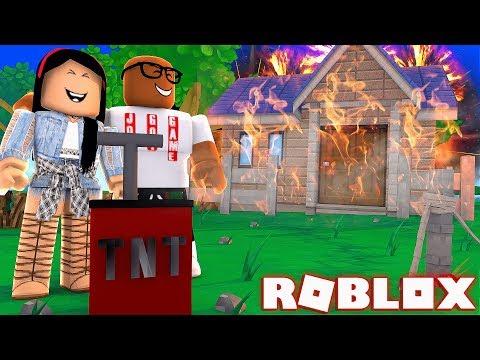 DESTROYING MY MANSION IN ROBLOX (Roblox Destruction Simulator)