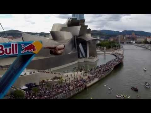How To Perfect A New Dive - Red Bull Cliff Diving