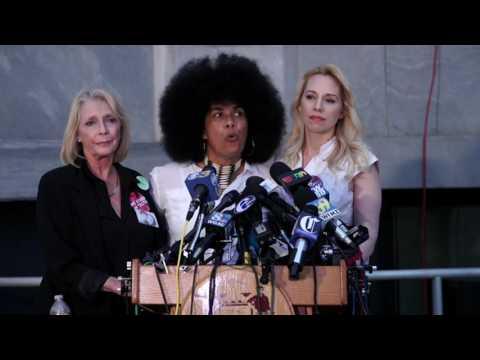 Bill Cosby Accuser speaks after deadlock