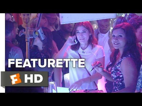 The Night Before (Featurette 'Women of the Night Before')