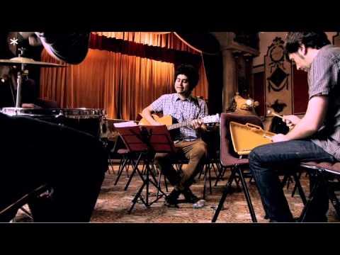 Manos de topo · Palabra de Eva Sannum ( Concerts privats · Minifilmstv )