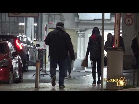 Tanja Savić nije mogla da zaustavi suze, plakala kao kiša na stepeništu ispred svoje zgrade