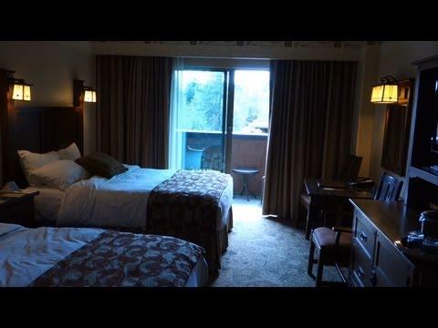 Disneyland Resort Hotel Room Tour - Disney's Grand Californian Hotel Courtyard/Woods View Room