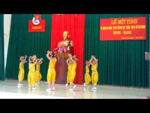 Tiết mục múa của các bé 5 tuổi trường mẫu giáo Hoàng Quế