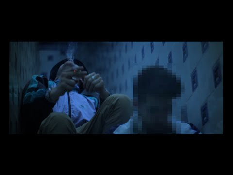 "A. Tourist x $kyhook Ft. Pedro Ladoga – ""Smoking Room"" [Videoclip]"