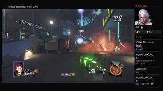 Zombies in Spaceland live gameplay.