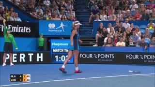 Match highlights from the Vandeweghe (USA) v Mladenovic (FRA) Mastercard Hopman Cup 2017 Final