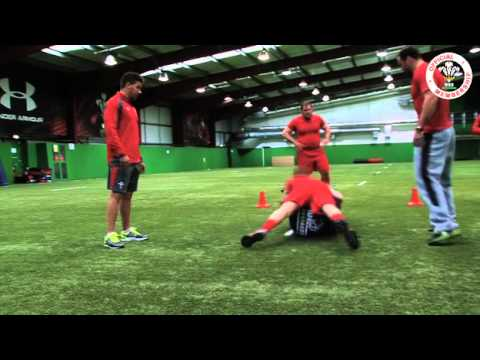 Rugby World trains with Wales