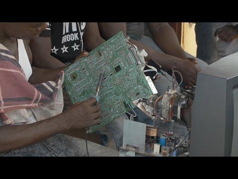 Ghana: Handel mit gebrauchten Elektrogeräten