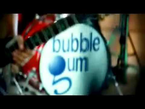 video klip BUBBLE GUM - Agar Engkau bahagia.mp4