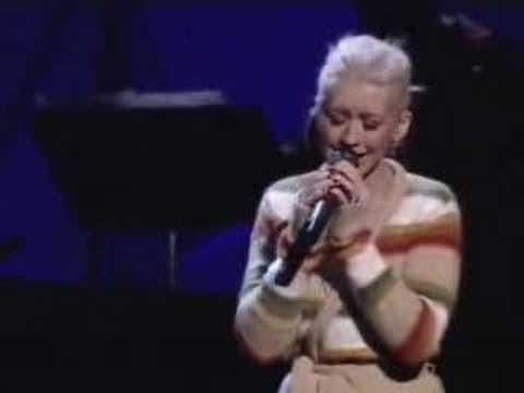 Tekst piosenki Christina Aguilera - A Song For You po polsku
