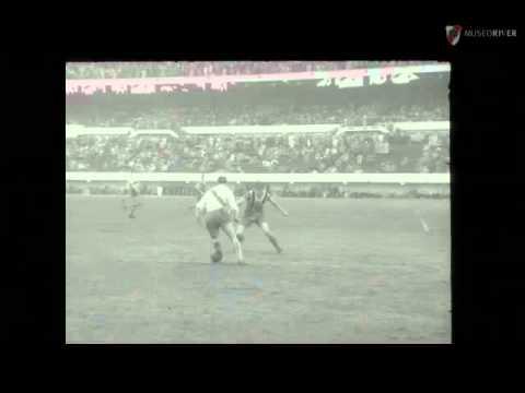 River Plate vs. Chacarita Jrs. (1952)